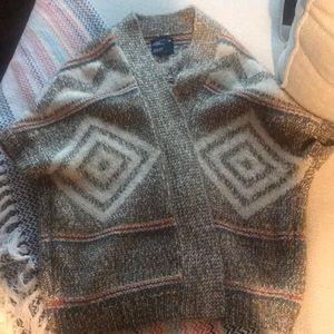 Boho sweater with great pattern!